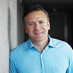 Santiago Martínez
