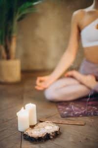 Cómo dejar los malos hábitos mediante un trabajo espiritual meditación