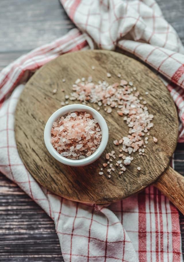 Consejos sobre cómo limpiar tu aura sal marina
